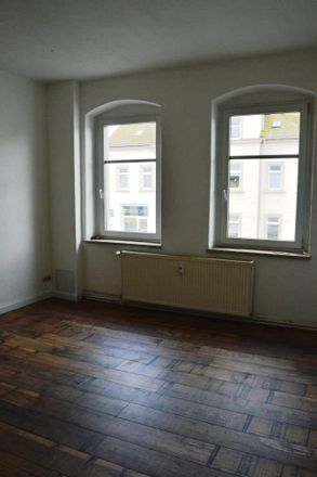 Rent this 4 bed apartment on Augustusburger Straße 33 in 09557 Flöha, Germany