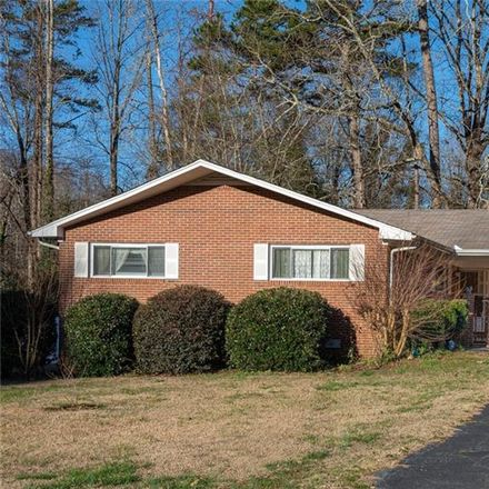 Rent this 3 bed house on 404 South Lovingood Avenue in Walhalla, SC 29691