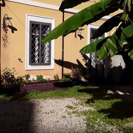 Rent this 2 bed room on Quartiere V Nomentano in Viale Ventuno Aprile, 00162 Rome RM