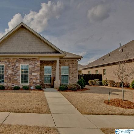 Rent this 3 bed house on Huntsville