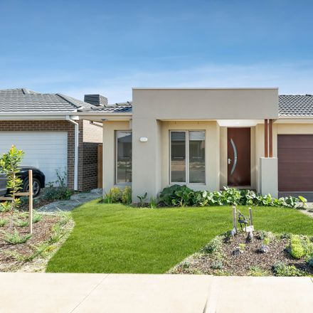 Rent this 4 bed house on 71 Warrigal drive