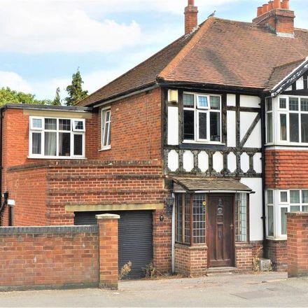 Rent this 1 bed room on Braywick Road in Maidenhead SL6 1DA, United Kingdom