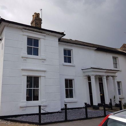 Rent this 3 bed house on Norwood Far Grove in Beverley HU17 9HX, United Kingdom