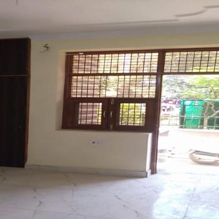 Rent this 2 bed apartment on Paschim Vihar in - 110063, Delhi