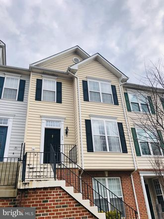 Rent this 2 bed condo on Harbour Heights Dr in Annapolis, MD