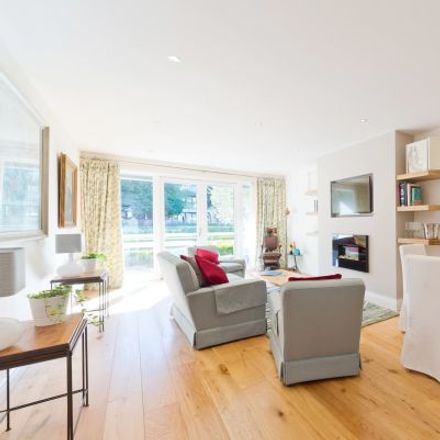 Rent this 3 bed apartment on Edward Lane in Rathmines East A ED, Donnybrook West