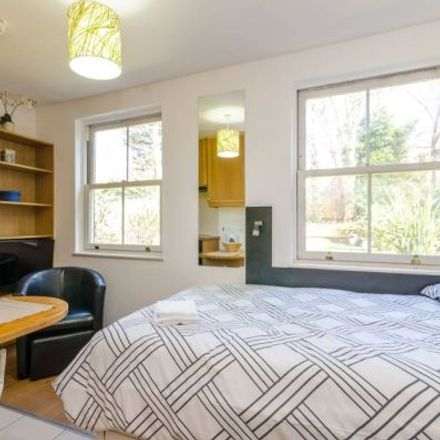 Rent this 1 bed apartment on Finchley Road in London NW3 7NP, United Kingdom