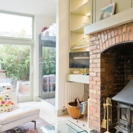 Rent this 1 bed house on Dublin in Rathmines East D ED, L