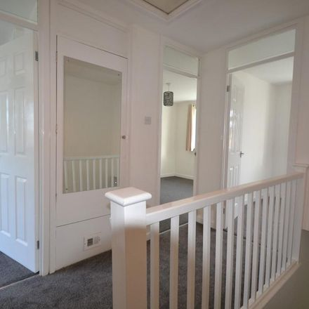 Rent this 3 bed house on Small Crescent in Aylesbury Vale MK18 7DE, United Kingdom