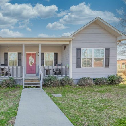 Rent this 3 bed house on 5844 Vickery Street in Lavonia, GA 30553