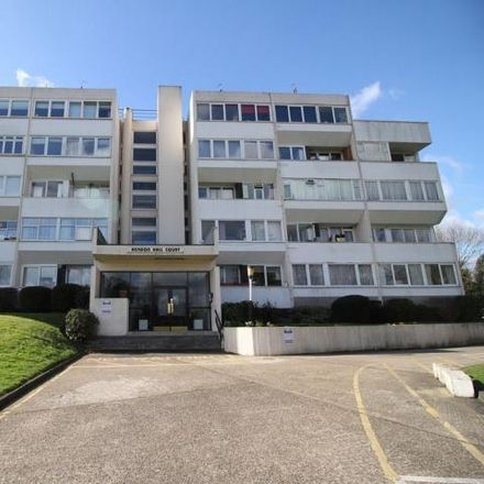 Rent this 2 bed apartment on Hendon Hall Court in Parson Street, London NW4 1TP