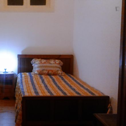 Rent this 3 bed room on Rua Lopes in 1900-028 Lisbon, Portugal
