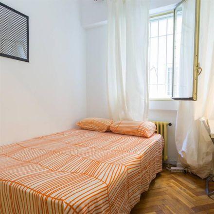Rent this 1 bed room on Calle de la Colegiata in 6, 28012 Madrid