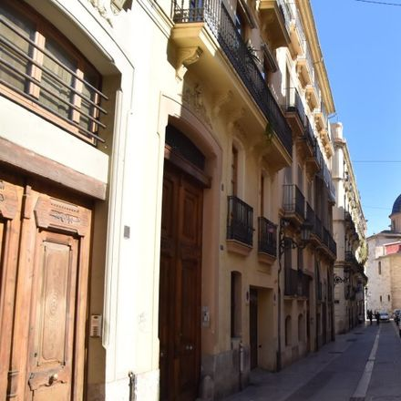 Rent this 2 bed apartment on Carrer de l'Almirall in 46003 Valencia, Spain