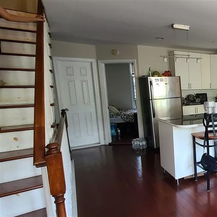 Rent this 3 bed apartment on 6th St in Jersey City, NJ