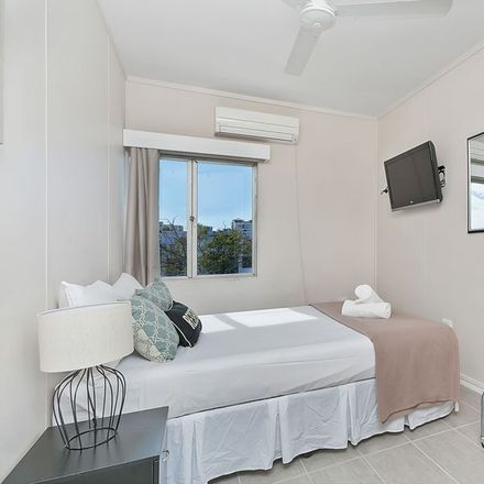 Rent this 1 bed house on Cairns City
