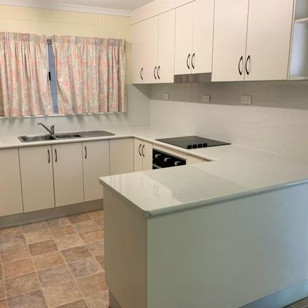 Rent this 2 bed apartment on 2/32 Grevillea Street