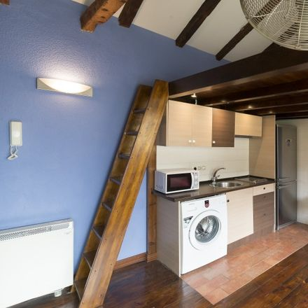 Rent this 0 bed apartment on Mousse in Calle de Trafalgar, 15