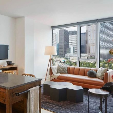 Rent this 1 bed apartment on S Wells St in Chicago, IL