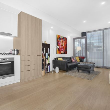 Rent this 1 bed apartment on 38... York Street