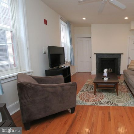 Rent this null bed townhouse on 1009 Clinton Street in Philadelphia, PA 19107