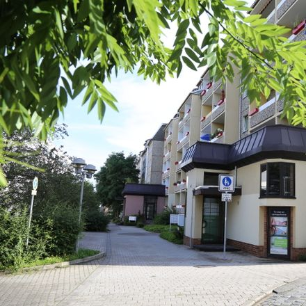 Rent this 1 bed apartment on Greizer Straße 51a in 07545 Gera, Germany
