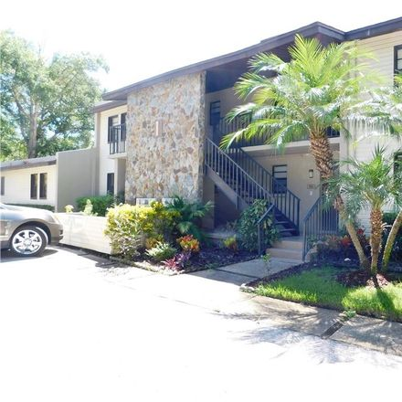 Rent this 2 bed condo on Tarpon Woods Blvd in Palm Harbor, FL