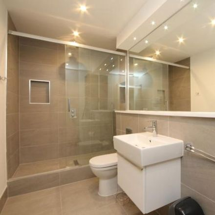 Rent this 3 bed house on High Street in Maidenhead SL6 1JA, United Kingdom