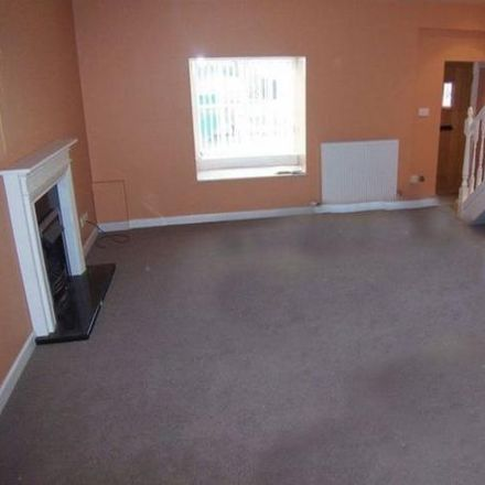 Rent this 2 bed townhouse on St Martins in Main Street, Scarborough YO12 4PS