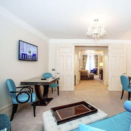 Rent this 1 bed apartment on Daniel Hunt Fine Art in 60 Lower Sloane Street, London SW1W 8BP