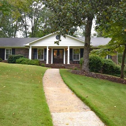 Rent this 3 bed house on 2220 Lynnchester Circle in Hoover, AL 35216