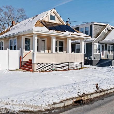 Rent this 3 bed apartment on 63 Church Avenue in Warwick, RI 02889