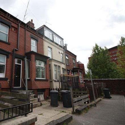 Rent this 2 bed house on Bexley Place in Leeds LS8 5NR, United Kingdom