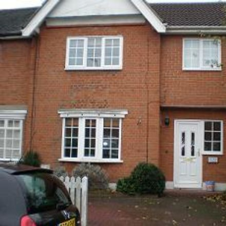 Rent this 3 bed house on Carpenters Arms in Smart's Lane, Epping Forest IG10 4BP