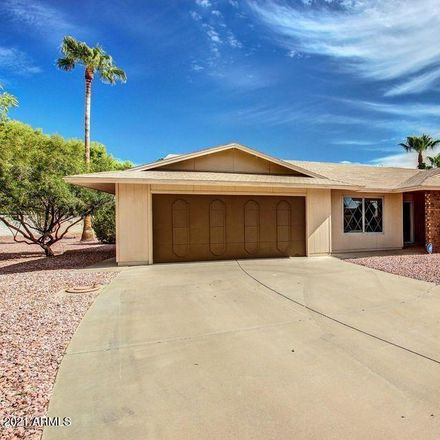 Rent this 2 bed house on 18423 North 94th Drive in Sun City, AZ 85373