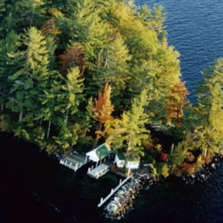 Rent this 3 bed house on Island View Rd in Wolfeboro, NH