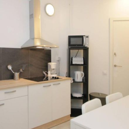 Rent this 6 bed room on Carrer del Bruc in 119, 08037 Barcelona