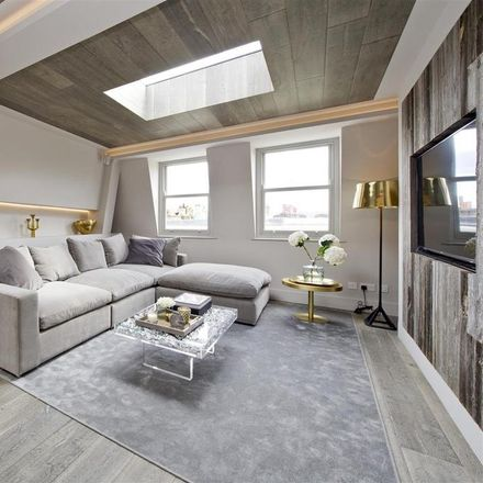 Rent this 2 bed apartment on Chesterton Road in London W10, United Kingdom