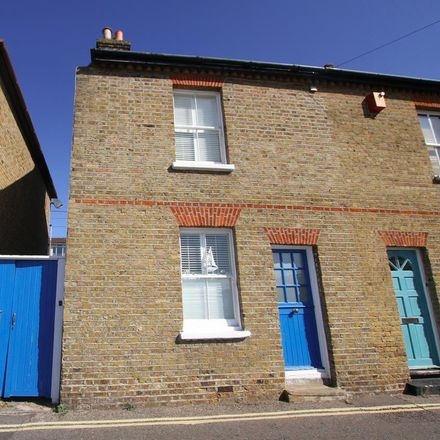 Rent this 2 bed house on The Peter Boat in 27 High Street, Leigh on Sea SS9 2EN
