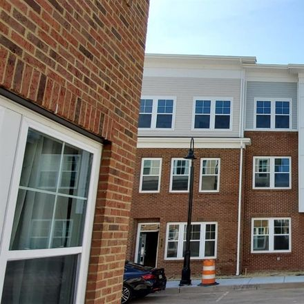 Rent this 5 bed apartment on North Brunswick Township in 41 Audley Street, Middlesex County