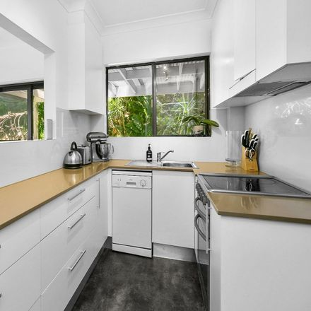 Rent this 3 bed apartment on 3/18 Ramsay Street