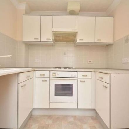 Rent this 1 bed apartment on Cleveland Court in Queens Parade, Margate CT9 2DS