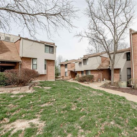 Rent this 1 bed loft on Cedarstone Ct in Saint Louis, MO