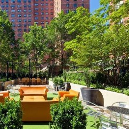 Rent this 3 bed apartment on Daniello's in 70 West 95th Street, New York