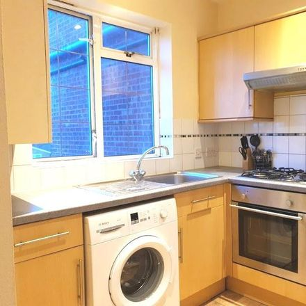 Rent this 2 bed apartment on Brook Road in London NW2 7DP, United Kingdom