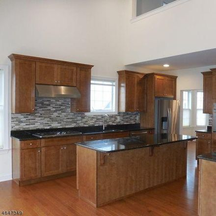Rent this 3 bed house on 7 Comstock Lane in Montgomery Township, NJ 08558