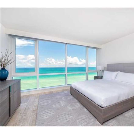 Rent this 3 bed condo on 24th St in Miami, FL