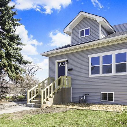 Rent this 5 bed house on 1821 South 11th Avenue in Maywood, IL 60153
