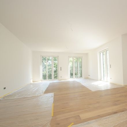 Rent this 3 bed apartment on Krefeld in A 57, 47829 Krefeld