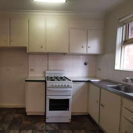 Rent this 1 bed apartment on 6/65 Kellett Street
